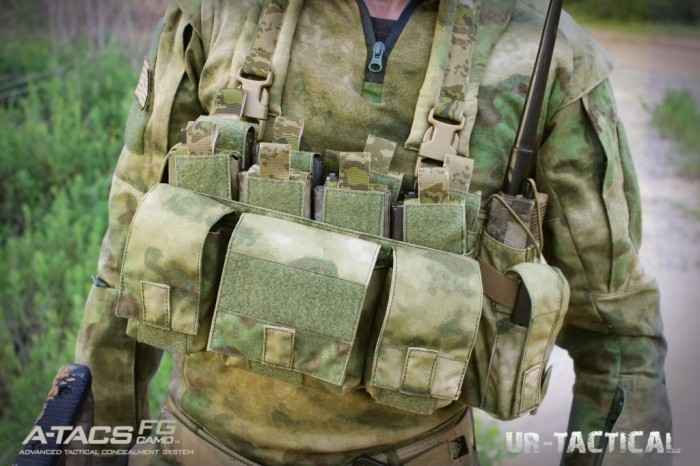 UR Tactical представила OPS Integrated Chest Rig в камуфляже A-TACS AU и Fg Camo